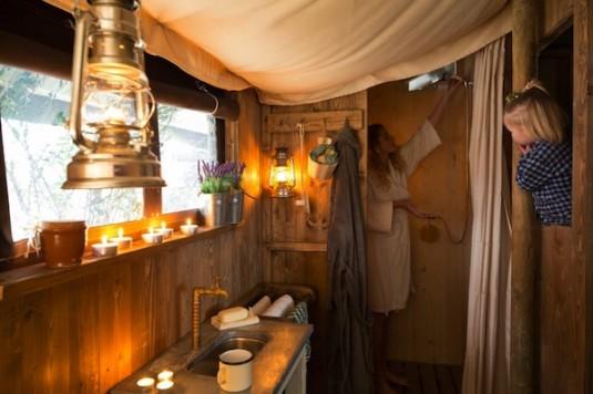 2-Un-lit-au-pre-Boerenbed-Lorraine-Noble-Tente
