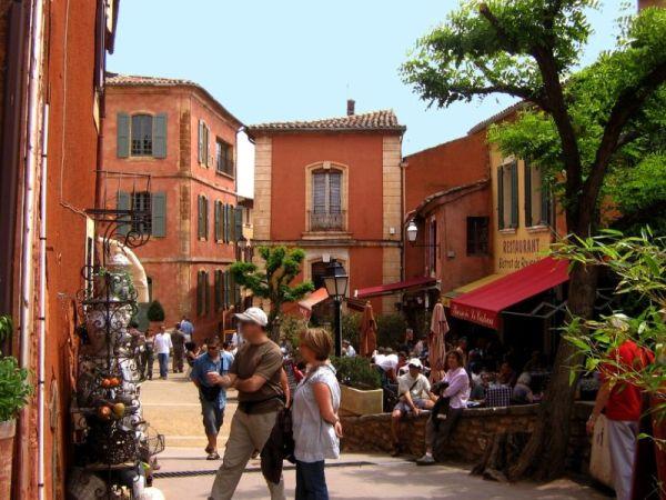 Okerroute-Roussillon-Mooiste-fietsroutes-van-de-Vaucluse-in-Frankrijk