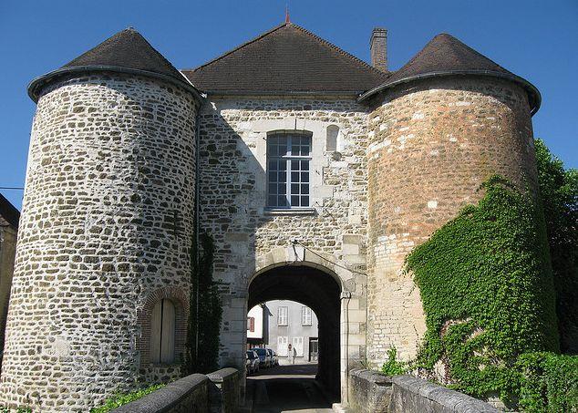Evry le Chatel, op de grens van de Champagne en Bourgogne