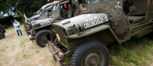 D-Day-Festival-70-jaar-landingsstranden-Normandie-jeeps