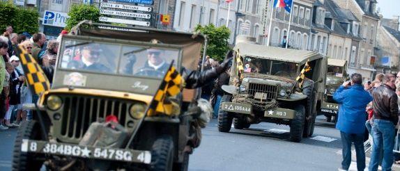 D-Day-Festival-70-jaar-landingsstranden-Normandie-militaire-optocht