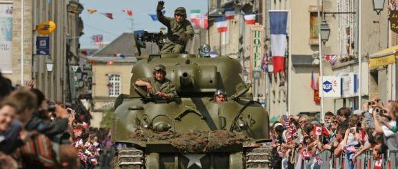 D-Day-Festival-70-jaar-landingsstranden-Normandie-tank