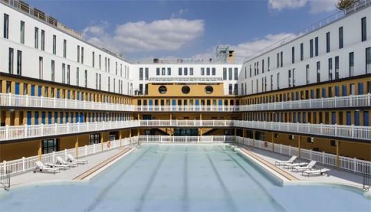 piscine-molitor-luxehotel-in-artdeco-zwembad-in-parijs-buitenbad
