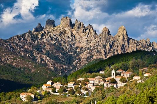 avella massif i Zuid-CorsicaA