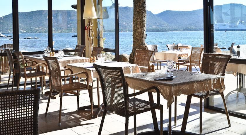 Restaurant in hotel Goeland Corsica restaurant
