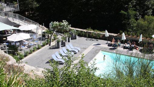 Cover zwembad terras la manufacture ardeche