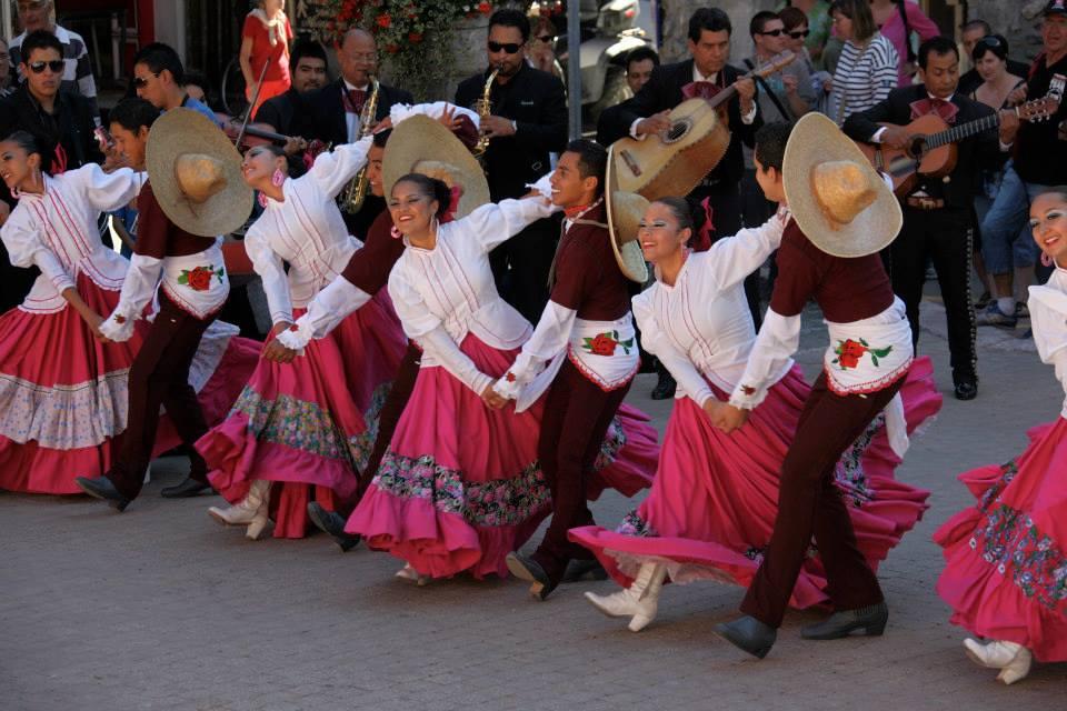 fetes-latino-mexicano-in-barcelonnette
