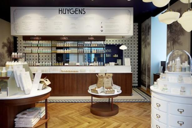 Interieur van Huygens beauty winkel in Parijs