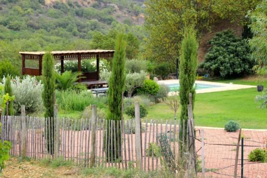lidewij-van-wilgen-mas-des-dames-wijnmaakster-languedoc-zwembad