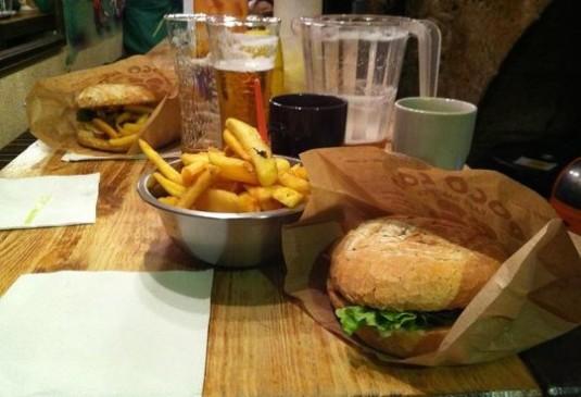 Poco Loco hamburgers Chamonix