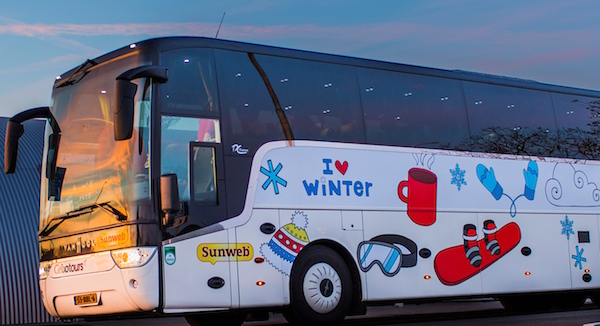 Miniskitrip-met de bus wintersporttrend