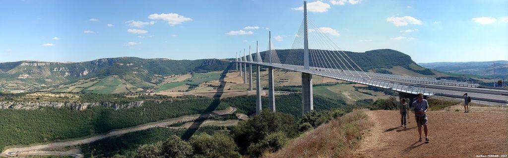 Culinaire Tussenstop Op Het Viaduct Van Millau Frankrijk Nl