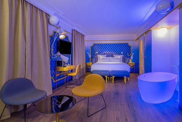 Blue sunshine suite in Idol Hotel