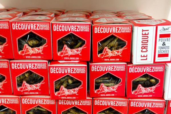 Krekels te koop in warenhuis Lafayette in Parijs