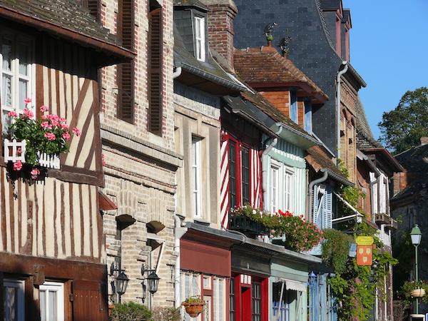 Beaumontenauge dorpje in Normandie