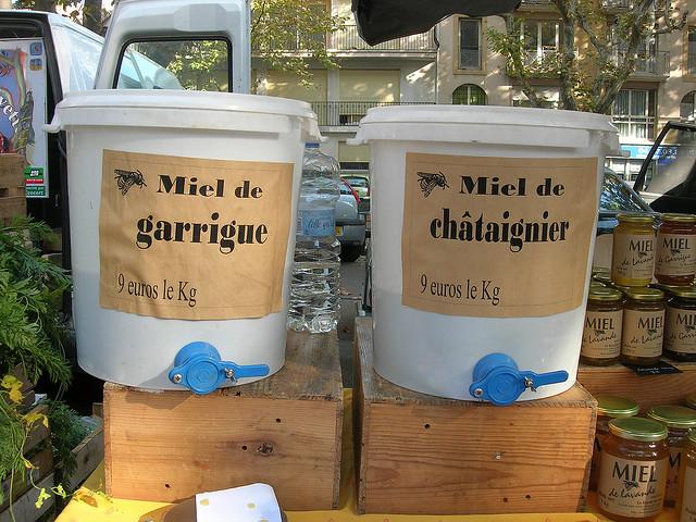 Honig op de markt in Montpellier