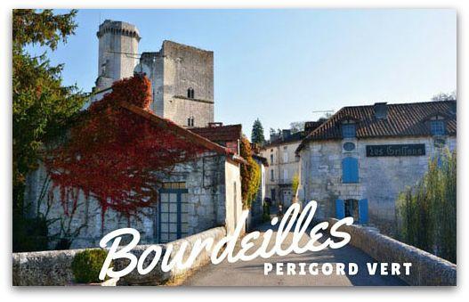 Bourdeilles mooi dorp in de Dordogne