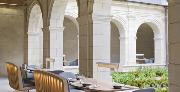 Gedurfd designhotel in wereldberoemde abdij for Hotel design loire