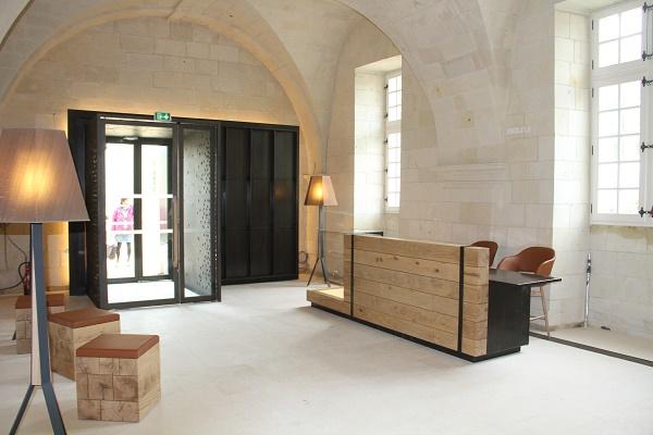 gedurfd designhotel in wereldberoemde abdij. Black Bedroom Furniture Sets. Home Design Ideas