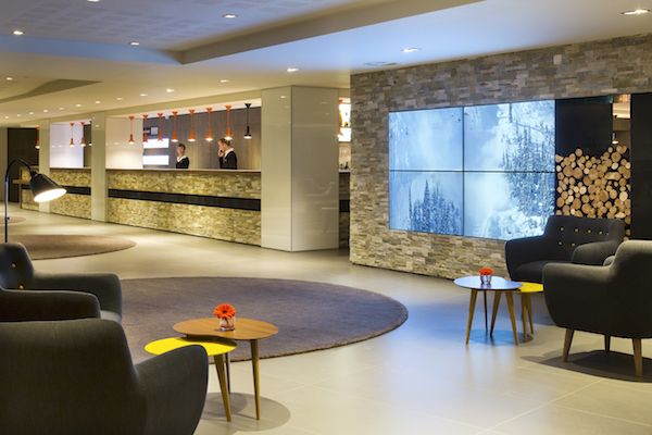 HELIOPIC Hotel-Chamonix- Reception