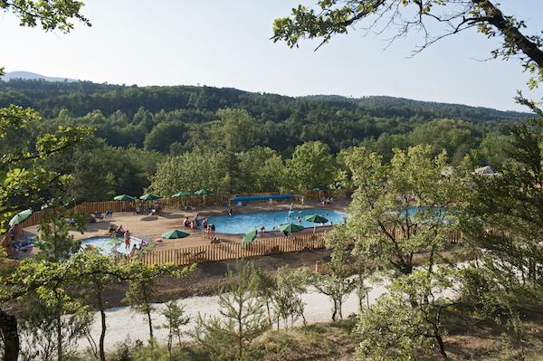 Utopia Sud Ardeche zwembad van de camping