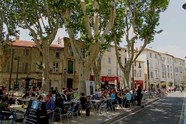 Place des Corps Saints Avignon