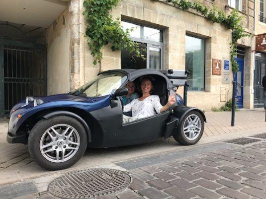 Autootje huren voor wijntour Memosine Bordeaux