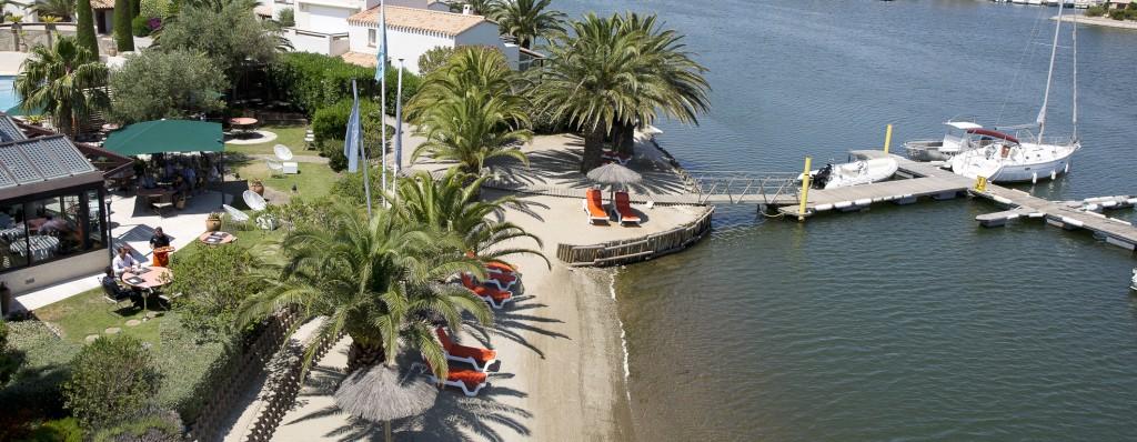 Ile de la Lagune luxe hotel eiland Languedoc privé-strandje
