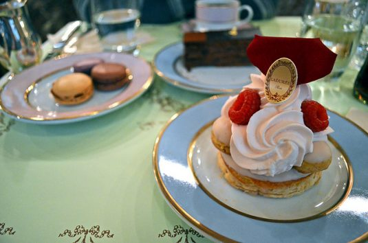Franse patisserie Saint-Honore