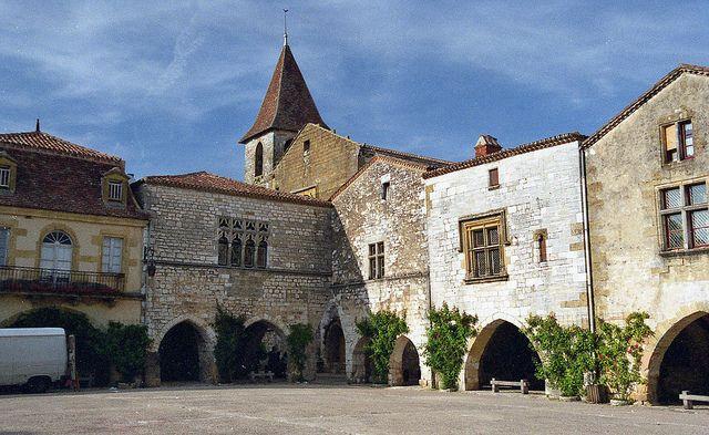 Dorp Monpazier in de Aquitaine Zuid-West Frankrijk