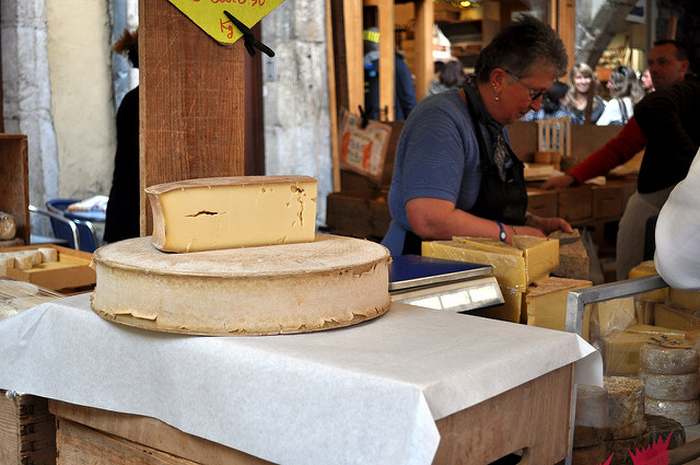 abondance-tour-de-fromage-french-alps-cc-frederiq-voisin