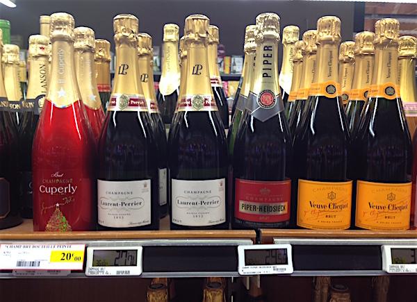 Meenemen uit de Franse supermarkt leuke spullen champagne