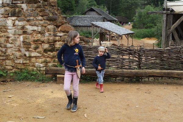 guedelon-kids-family-attraction-bourgogne-yonne