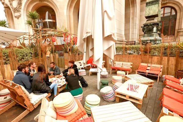 Hippe zomerterrassen in Parijs