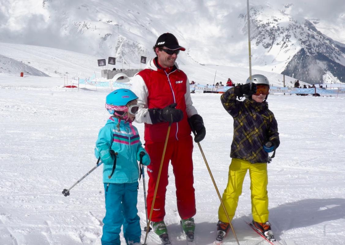 Jean Luc, nederlandssprekende skileraar in Franse skidorp Valmorel