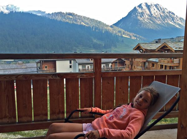 Anova berghotel Montgenèvre wintersport bergwandelen gezellig balkon hotelkamer