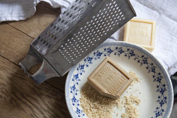 handige Franse huishoudmiddelen producten DIY Marseille zeep