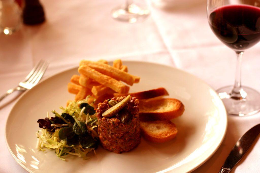 steak tartare frites