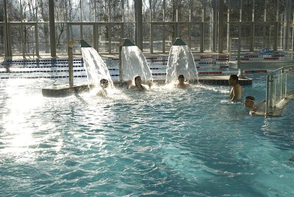 Zwembad op de camping van Nantes