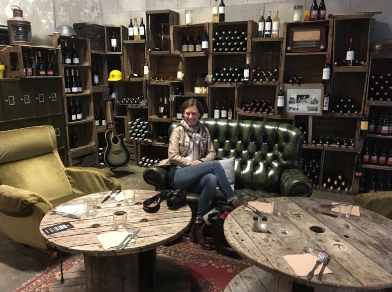 Darwin hippe plek in Bordeaux kazerne Karen Kommer