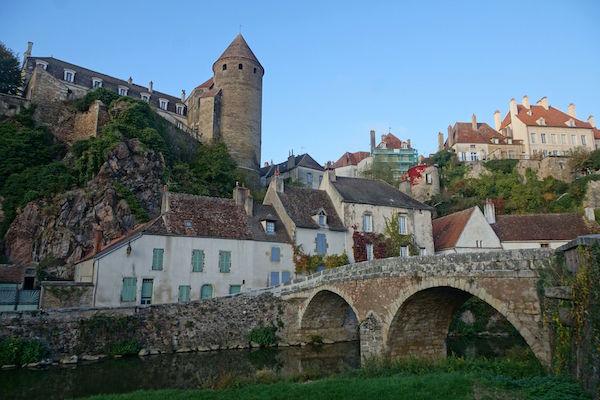 Semur-en-Auxois in de Bourgogne