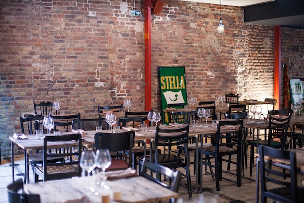 Het restaurant is gevestigd in een oude schrijnwerkerij