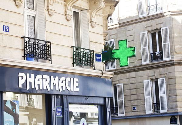 Parijs apotheek goedkope verzorgingsproducten