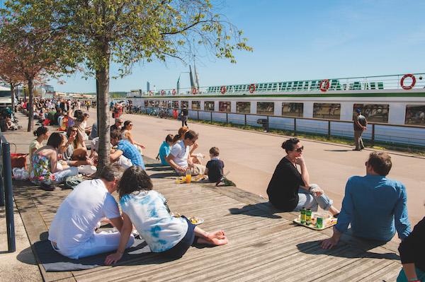 picknickstijl op de Marché des Quais des Chartrons