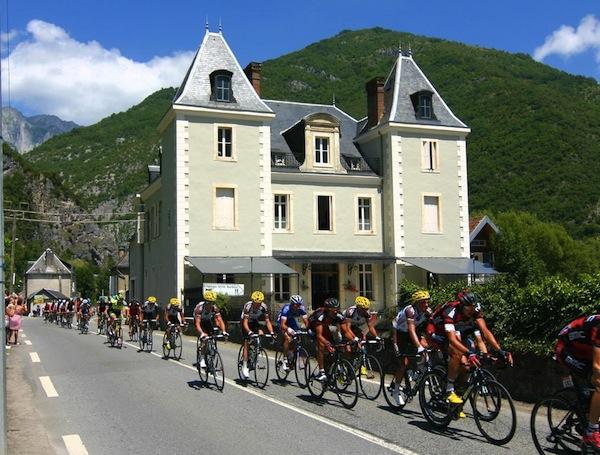 Tour de France bij Chateau Barbier Pyreneeën
