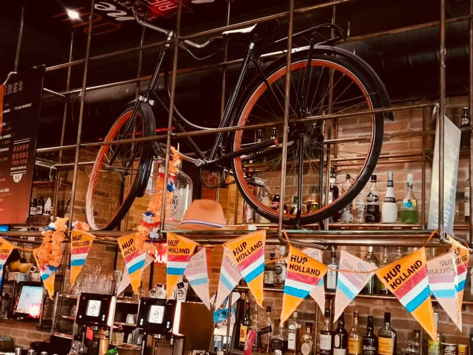 Dam's pub Lyon feestje WK