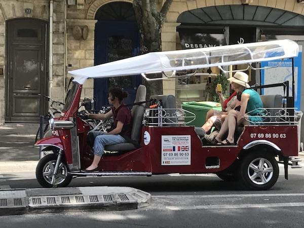 Bordeaux met een tuktuk rondleiding tours