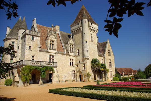 Mooiste plekken in de Dordogne Beynac kasteel dorp Chateau des Milandes