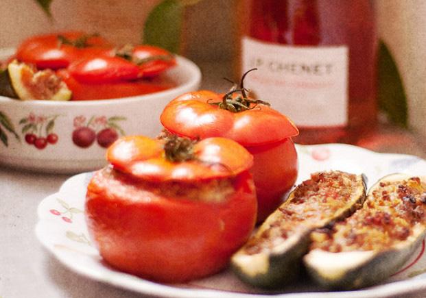 verse producten zomer markt provencaalse gevulde groenten