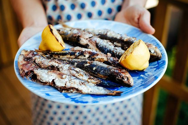 verse producten zomer markt recept sardientjes op de BBQ